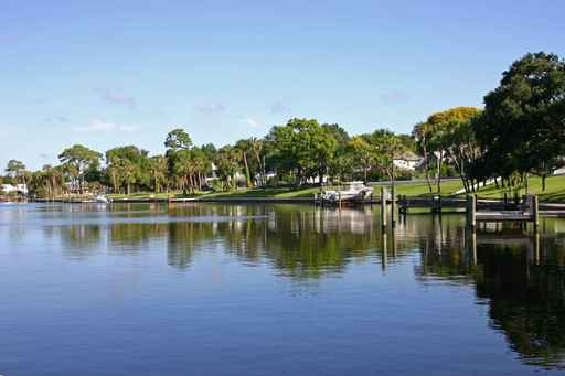 Example of residential waterfront setting